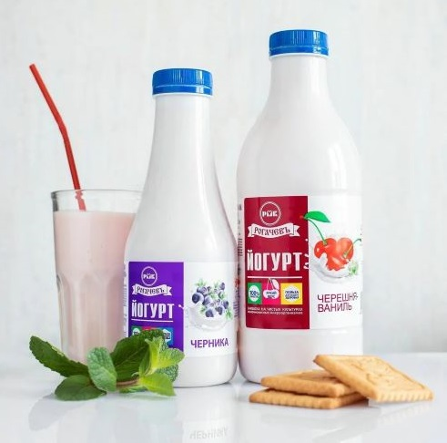 Йогурт Черника м.д.ж. 1,5% 930 г